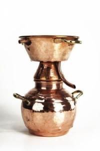 Alquitara lepárló borpárlat készítéséhez