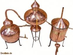 Charentais borpárlat készítő