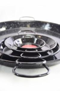 Paella tálak különböző méretben