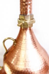 Prémium alembik pálinkafőző sisak csatlakozás egy 50 literes darabnál