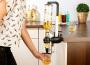 Alkohol csapoló automata, 3 cl-es használat közben